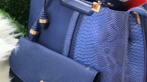Blue Textured leather handbag for ladies